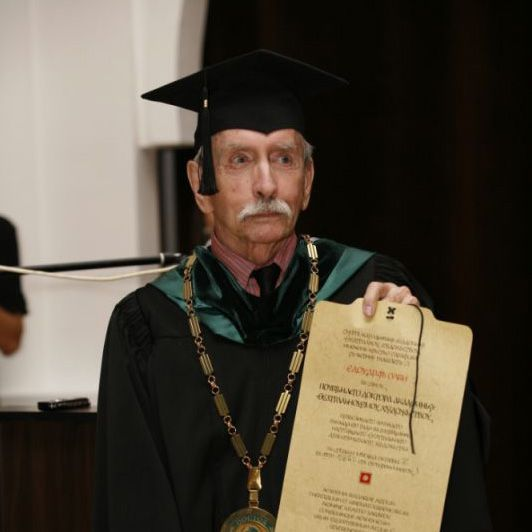 http://www.old.natfiz.bg/images/uploaded/doctor_honoris_causa/olbi_large.jpg